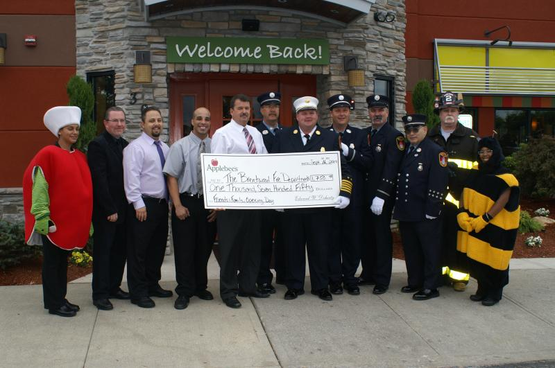 Applebee's Supports Local Volunteers